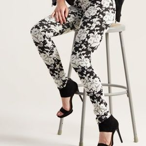 7 For All Mankind Contour Floral Skinny Jeans